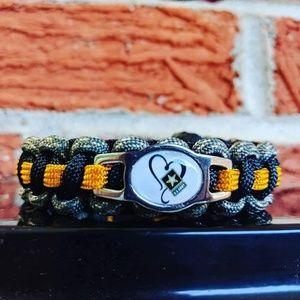 Jewelry - U.S. Army Love Paracord Bracelet